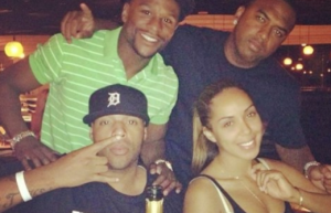 floyd-mayweather-earl-hayes-stephanie-moseley.png.pagespeed.ce.lZwaq04Yc2ppiqdbEhaO