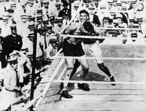 1919 --- Jack Dempsey fights Jess Willard to eventually win the heavyweight title. --- Image by © Bettmann/CORBIS