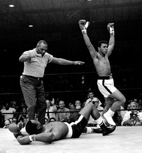 29089d9e00000578-0-never_before_seen_fifty_years_after_muhammad_ali_defeated_sonny_-a-20_1432568405478